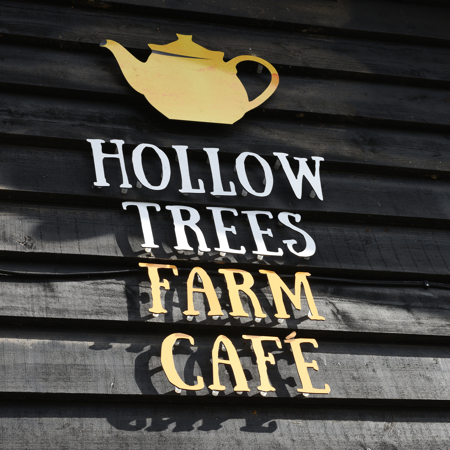 Hollow Trees Farm Cafe Sign